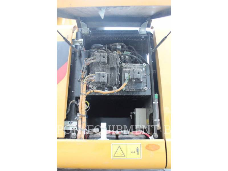 CATERPILLAR ESCAVADEIRAS DE RODAS MH3022 equipment  photo 9
