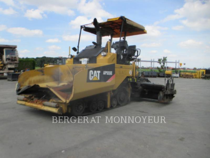 CATERPILLAR ASPHALT PAVERS AP555E equipment  photo 1