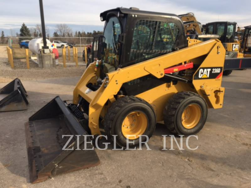 CATERPILLAR SKID STEER LOADERS 236DS equipment  photo 1