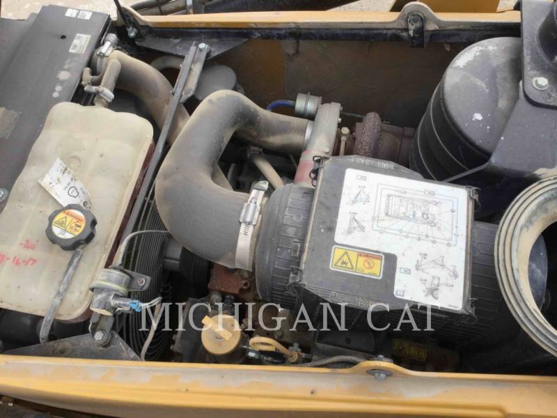 CATERPILLAR RETROEXCAVADORAS CARGADORAS 420EIT equipment  photo 22
