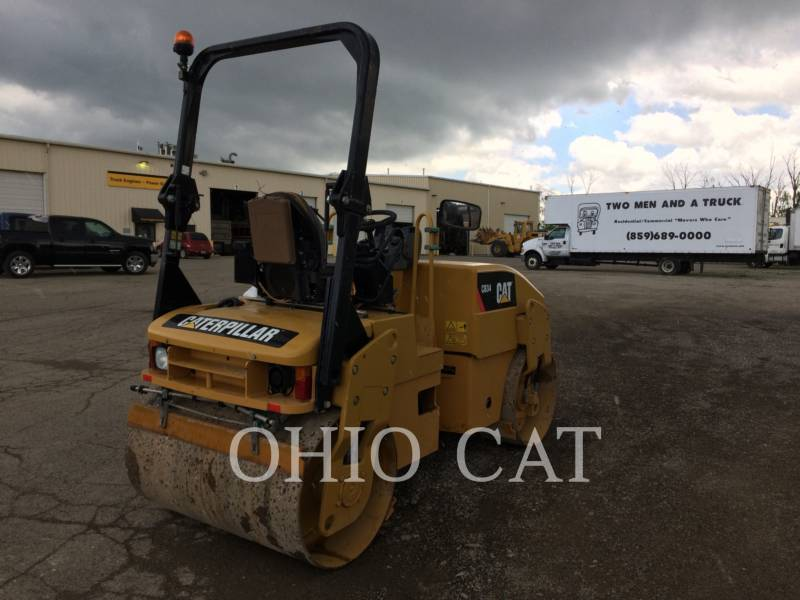 CATERPILLAR COMBINATION ROLLERS CB34 equipment  photo 3