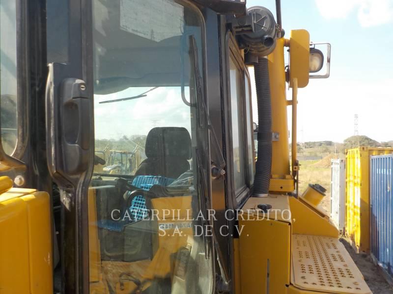 CATERPILLAR TRACTEURS SUR CHAINES D8T equipment  photo 7