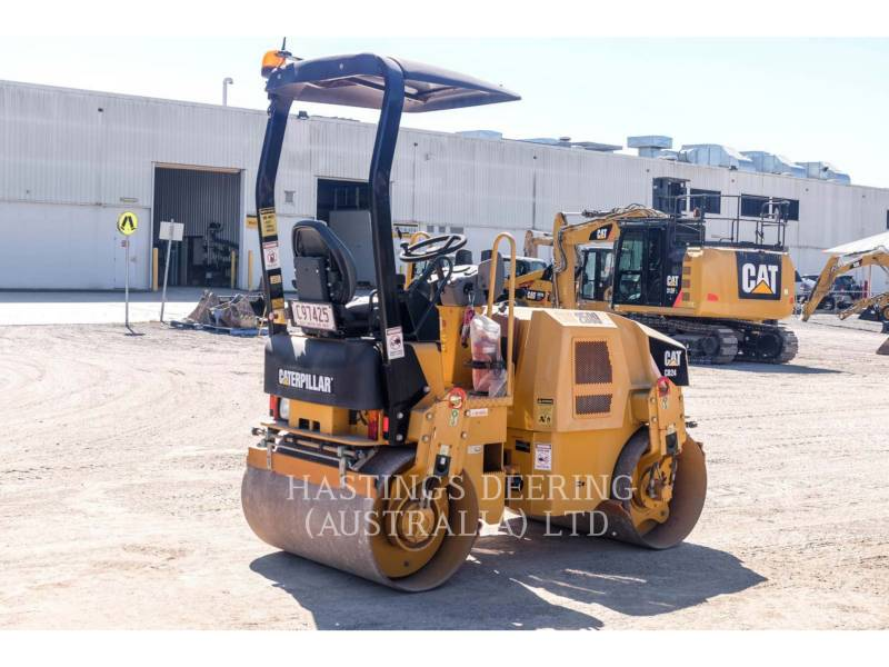 CATERPILLAR VIBRATORY SINGLE DRUM SMOOTH CB24 equipment  photo 7