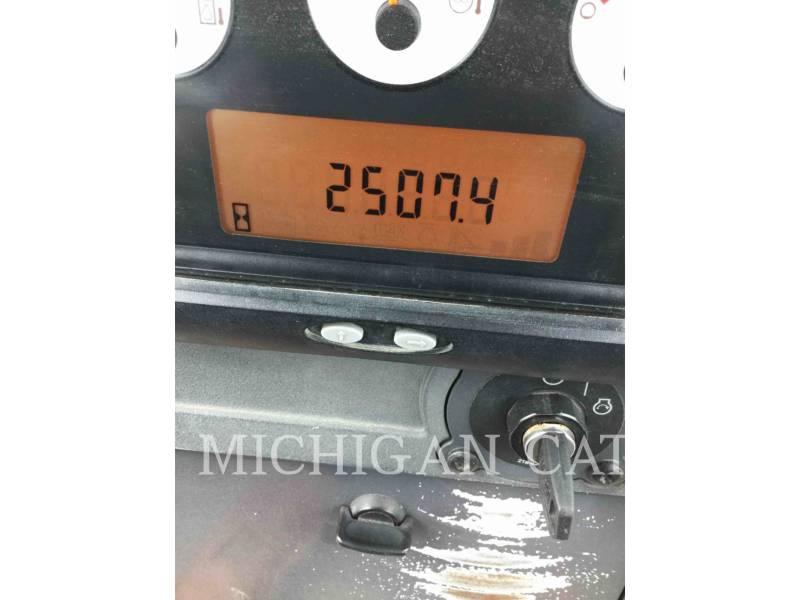 CATERPILLAR TRACK TYPE TRACTORS D3KLGP equipment  photo 9