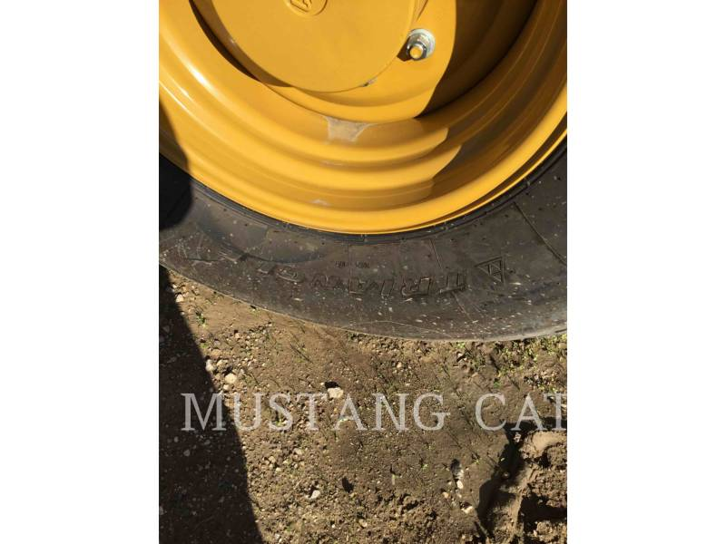 CATERPILLAR PAVIMENTADORA DE ASFALTO CS66B equipment  photo 14