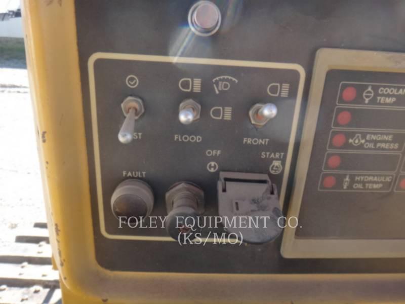 CATERPILLAR TRACK TYPE TRACTORS D4H equipment  photo 8