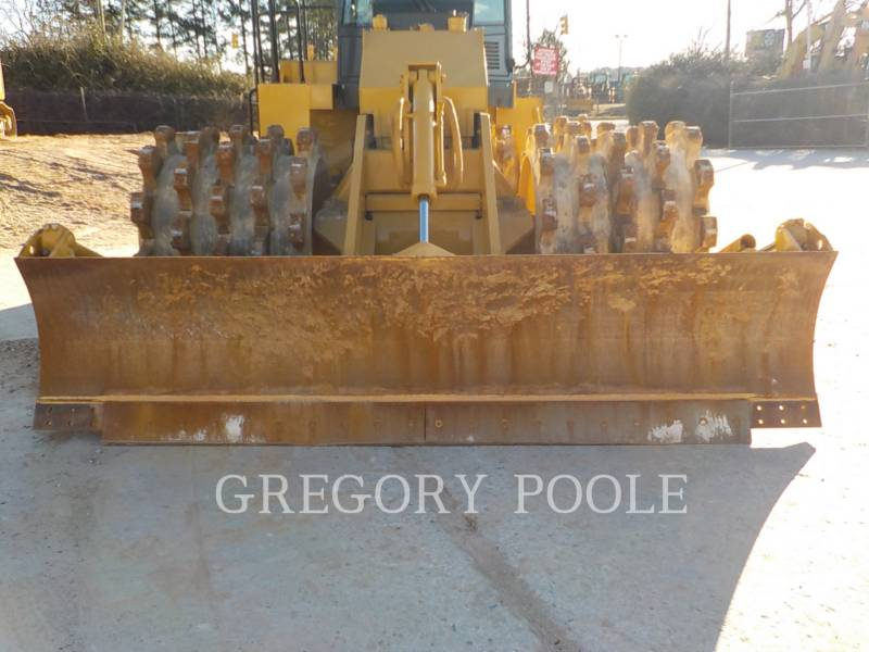CATERPILLAR WHEEL DOZERS 815F II equipment  photo 4
