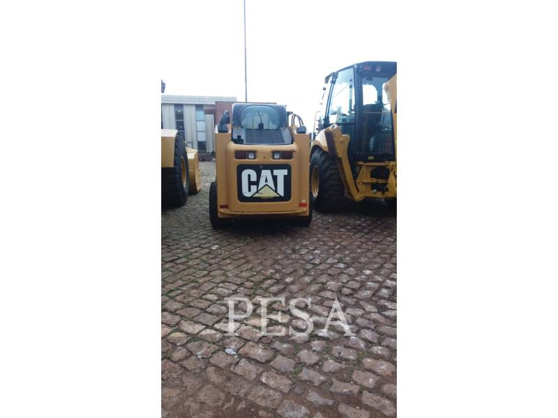 CATERPILLAR MINICARREGADEIRAS 246C equipment  photo 2