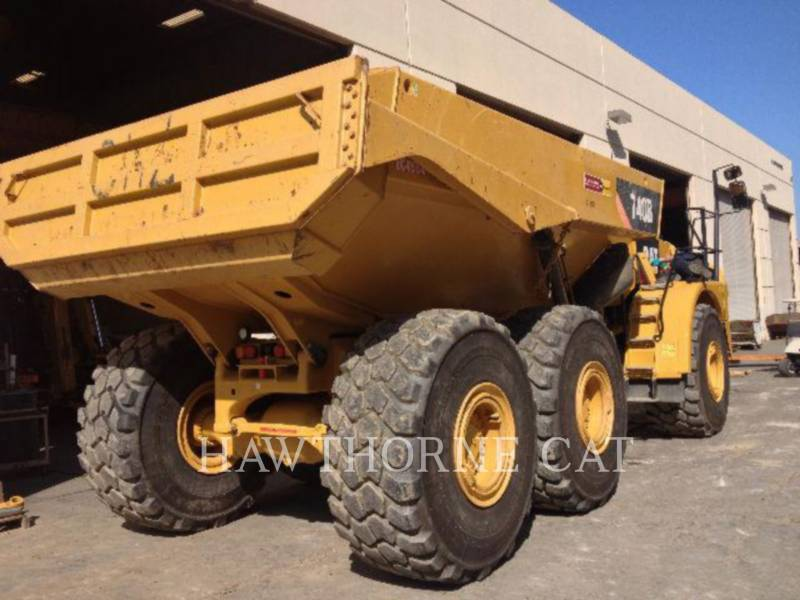 Caterpillar CAMIOANE CU BENĂ BASCULANTĂ 740B equipment  photo 4