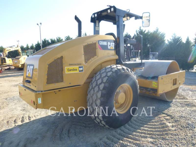 CATERPILLAR 振動タンデム・ローラ CS56B equipment  photo 3