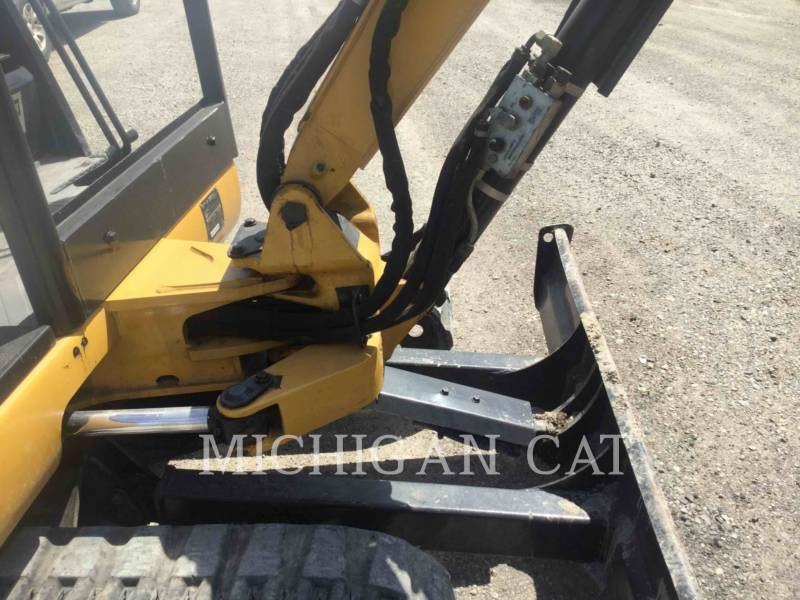 CATERPILLAR TRACK EXCAVATORS 302.5 equipment  photo 8