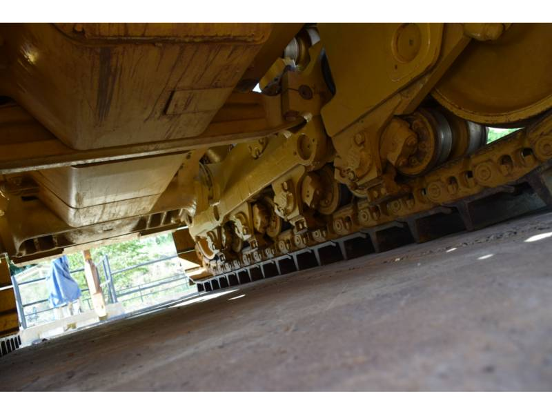 CATERPILLAR TRACTEURS SUR CHAINES D 8 T equipment  photo 14