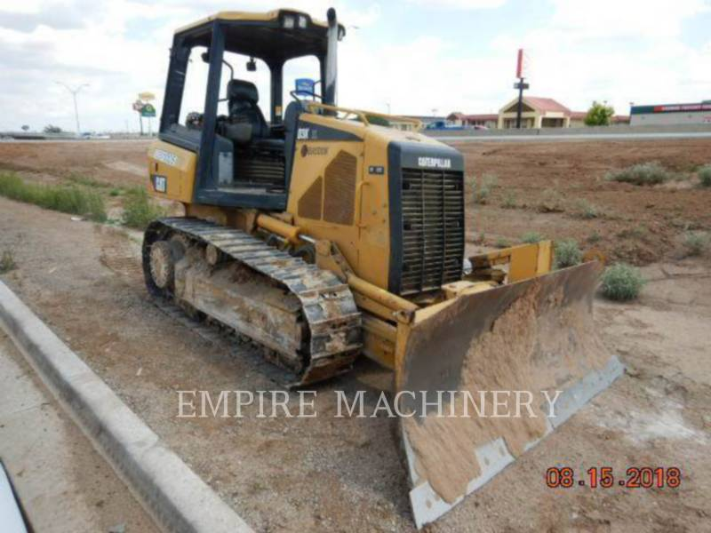 CATERPILLAR TRACK TYPE TRACTORS D3KXL equipment  photo 3