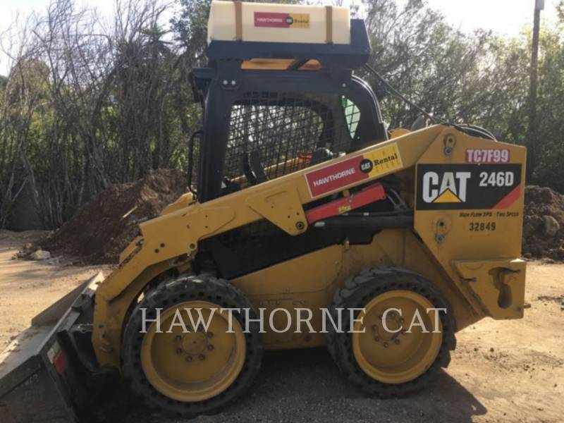 CATERPILLAR KOMPAKTLADER 246D  HF equipment  photo 1