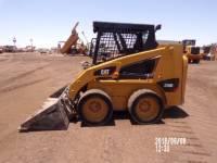 CATERPILLAR SKID STEER LOADERS 226B3 equipment  photo 2