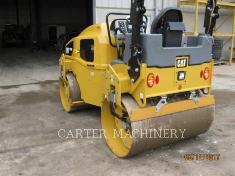 CATERPILLAR TANDEMVIBRATIONSWALZE, ASPHALT CB36B equipment  photo 2