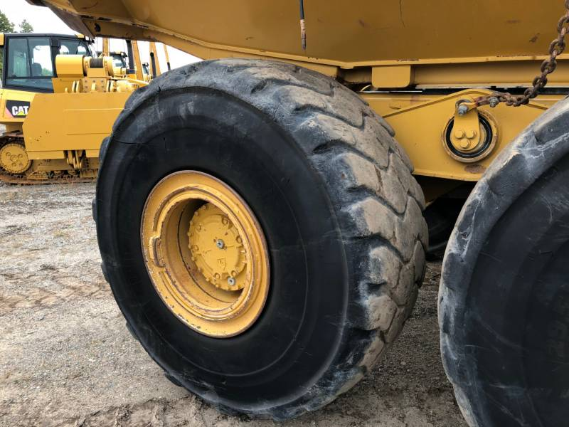 CATERPILLAR CAMIONES ARTICULADOS 740B equipment  photo 11
