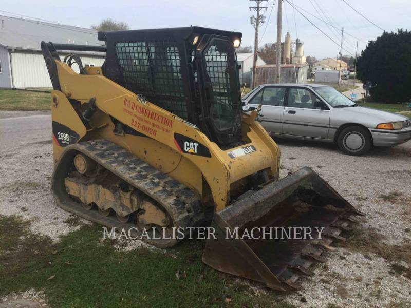 CATERPILLAR CHARGEURS TOUT TERRAIN 259B3 equipment  photo 1