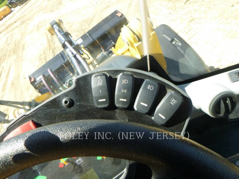 CATERPILLAR WHEEL LOADERS/INTEGRATED TOOLCARRIERS 907M equipment  photo 13