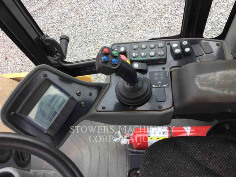 CATERPILLAR COMPACTEUR VIBRANT, MONOCYLINDRE LISSE CS56B equipment  photo 12