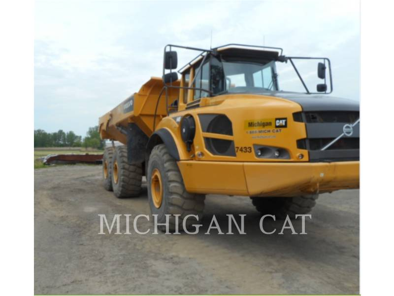 VOLVO CONSTRUCTION EQUIPMENT ARTICULATED TRUCKS A40F equipment  photo 1