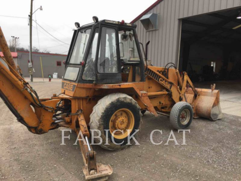 CASE/NEW HOLLAND BAGGERLADER 680G equipment  photo 3
