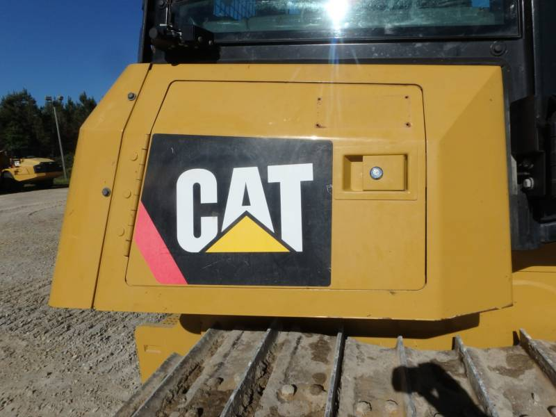 CATERPILLAR TRACK TYPE TRACTORS D6K2LGP equipment  photo 19