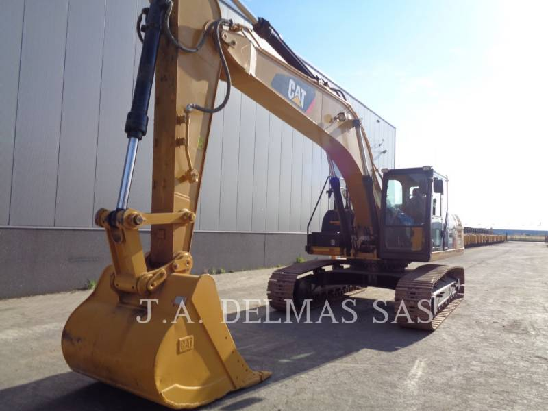 CATERPILLAR ESCAVADEIRAS 330D2L equipment  photo 1