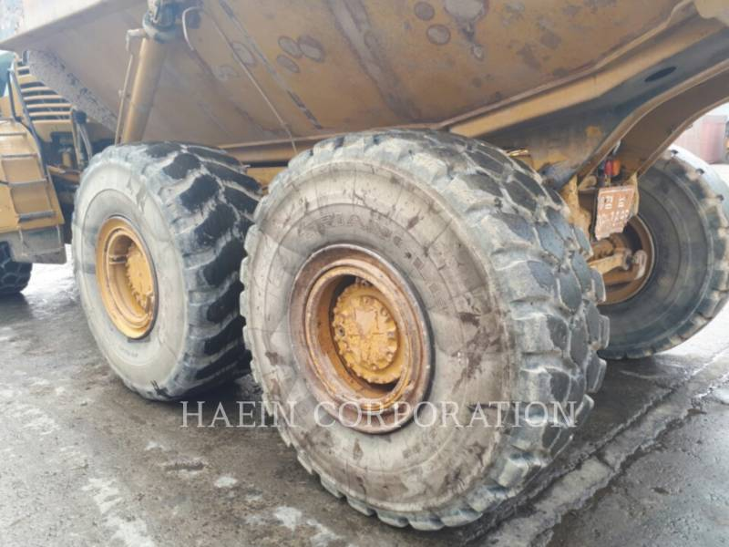 CATERPILLAR ARTICULATED TRUCKS 735 equipment  photo 6