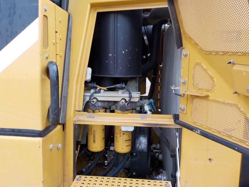 CATERPILLAR CHARGEURS SUR CHAINES 953D equipment  photo 17
