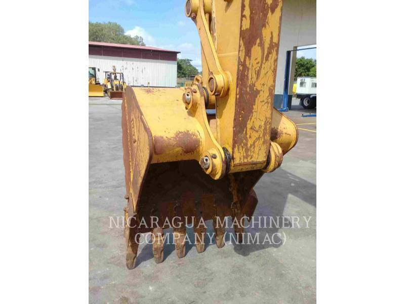 CATERPILLAR TRACK EXCAVATORS 318D2L equipment  photo 14