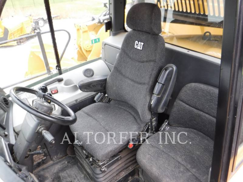 CATERPILLAR DUMPER ARTICOLATI 740B equipment  photo 6