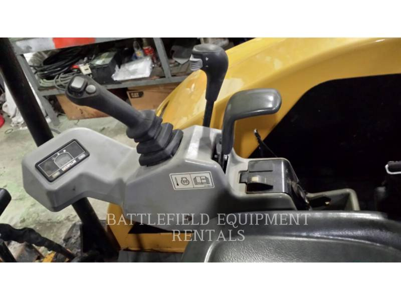 CATERPILLAR 履带式挖掘机 302.5C equipment  photo 7