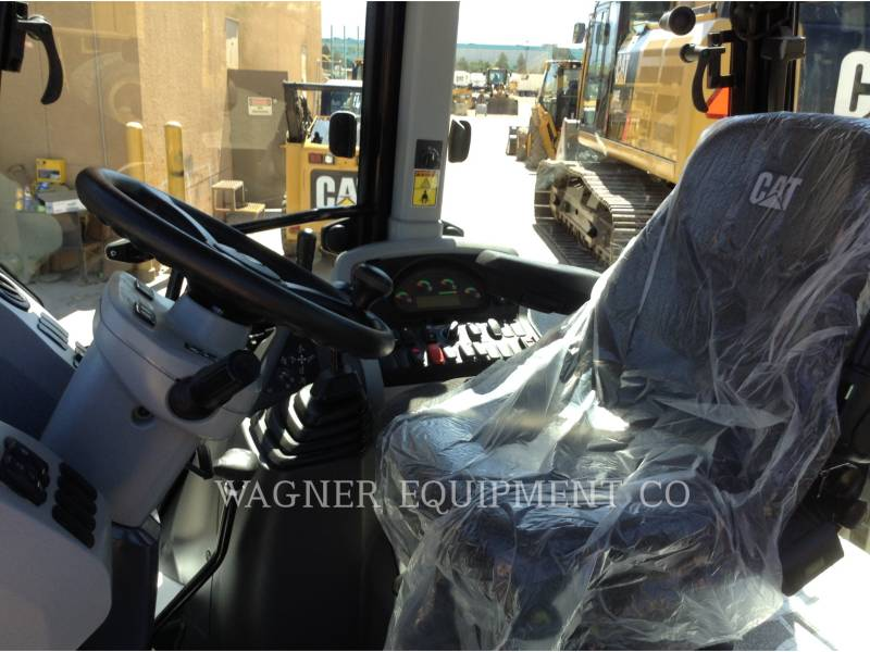 CATERPILLAR BACKHOE LOADERS 430F2ST equipment  photo 5