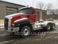 Equipment photo CATERPILLAR CT660 T15M18 CAMIONS ROUTIERS 1