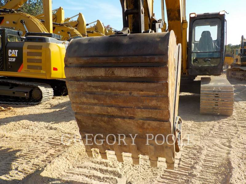 CATERPILLAR TRACK EXCAVATORS 320C L equipment  photo 21