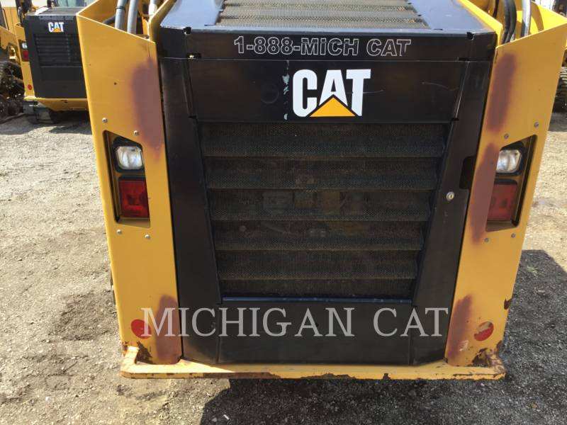 CATERPILLAR KOMPAKTLADER 246D C2Q equipment  photo 13