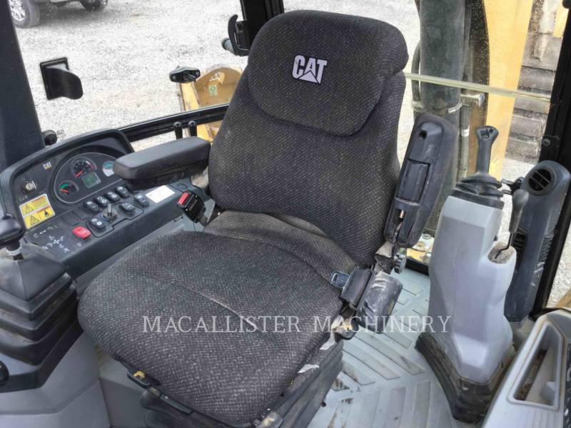 CATERPILLAR RETROEXCAVADORAS CARGADORAS 420FST equipment  photo 13