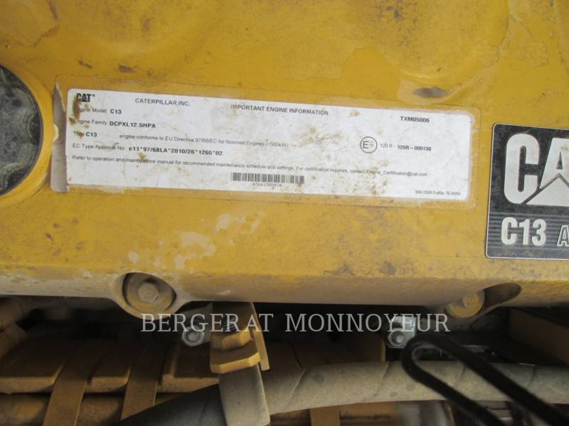 CATERPILLAR TRACK EXCAVATORS 349E equipment  photo 17