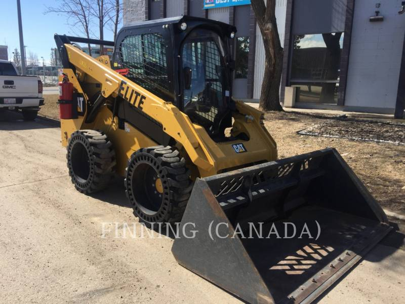 CATERPILLAR PALE COMPATTE SKID STEER 272D equipment  photo 2