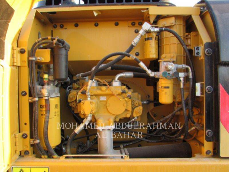 CATERPILLAR KETTEN-HYDRAULIKBAGGER 320 D L equipment  photo 12