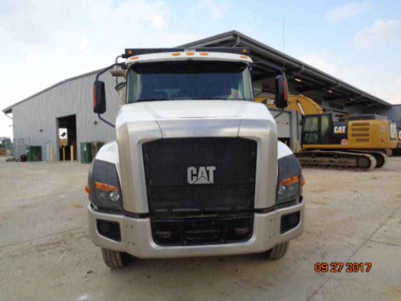 CATERPILLAR CAMIONES DE CARRETER CT660S equipment  photo 8