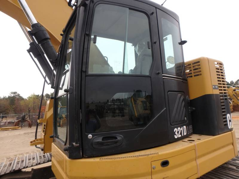 CATERPILLAR TRACK EXCAVATORS 321DLCR equipment  photo 15