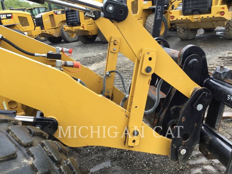 CATERPILLAR CHARGEURS SUR PNEUS/CHARGEURS INDUSTRIELS IT14G2 AR equipment  photo 17