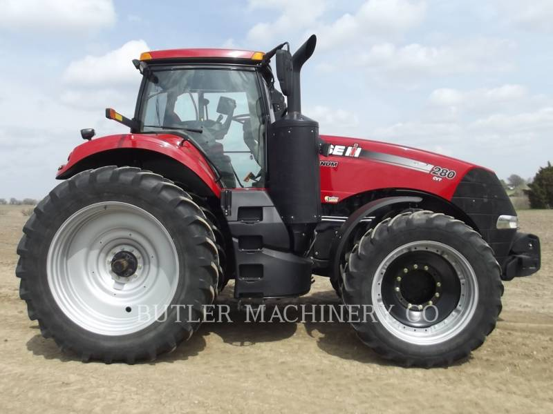 CASE/INTERNATIONAL HARVESTER TRACTORES AGRÍCOLAS MAG280 CVT equipment  photo 4