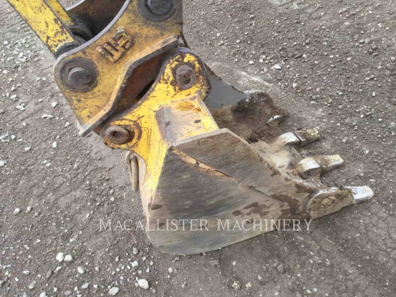KOBELCO / KOBE STEEL LTD TRACK EXCAVATORS SK60 equipment  photo 13