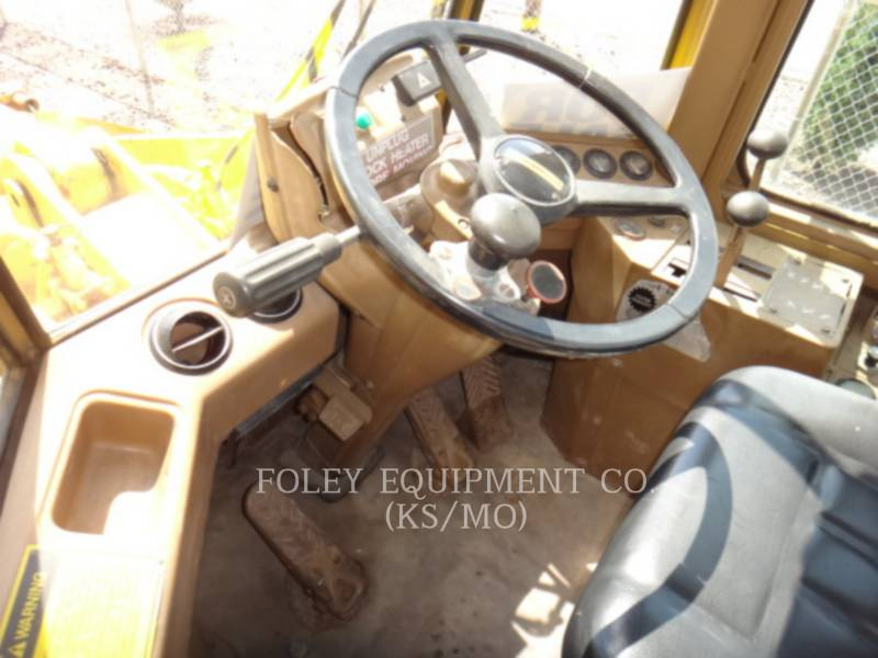 CATERPILLAR WHEEL LOADERS/INTEGRATED TOOLCARRIERS 926 equipment  photo 14