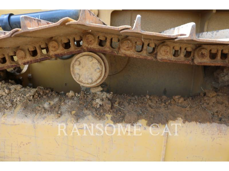 CATERPILLAR TRACTORES DE CADENAS D4K2LGP equipment  photo 16