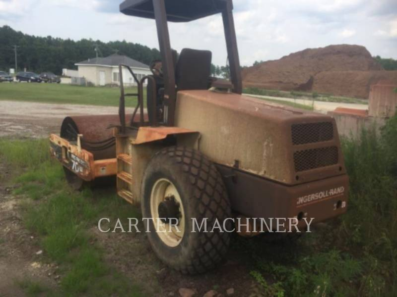 INGERSOLL-RAND COMPACTEURS IR SD70D equipment  photo 3