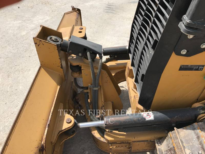 CATERPILLAR TRACTORES DE CADENAS D 4 K XL equipment  photo 6